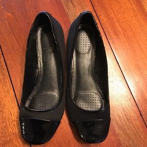 Kenneth Cole Reaction More Miso Flats 8.5